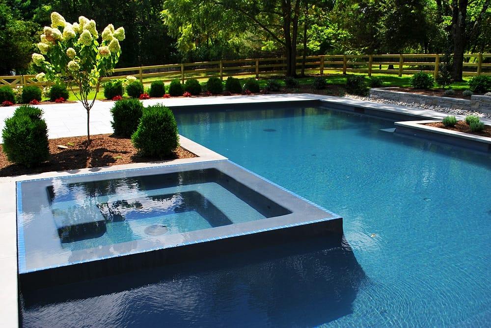 Mediterranean Blue - aquaBRIGHT Poolbeschichtung